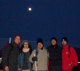 Amanecer, llegada a Zarzalejo con luna